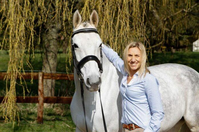 Equicoach, Lisa Ashton